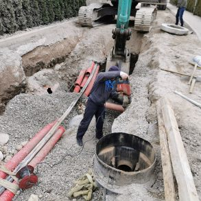 Kanal C – Pod gonjami mimo TC Eurospin in Kanal W – cesta do čistilne naprave