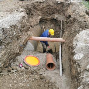 Vgradnja kam. cevi DN200 in križanje, oviran izkop ob plinovodu in kanalu CR