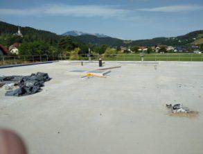 Čiščenje objekta pred izvedbo zaščitne plasti prodca na krovni plošči – 08.07.2021
